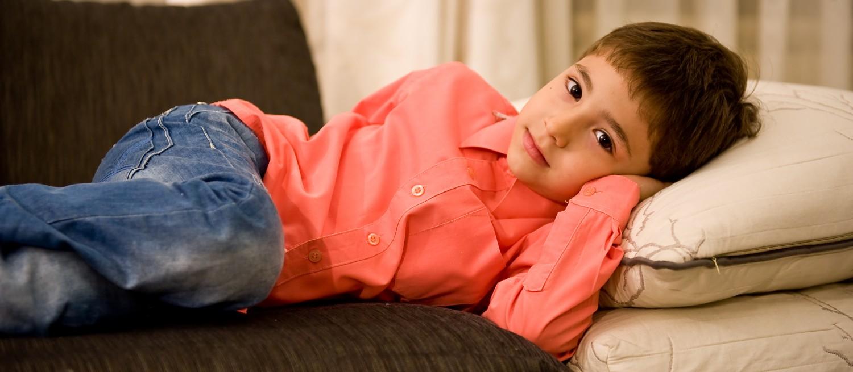 UMANITAR: O copilărie, trăită într-o lume fără sunete!