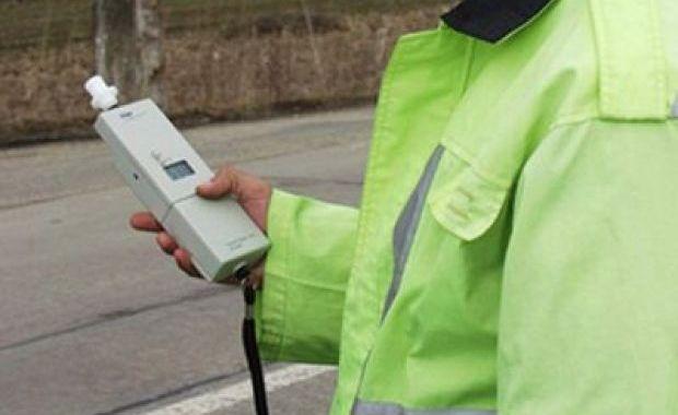 Șofer din Recea depistat la volan în stare de ebrietate