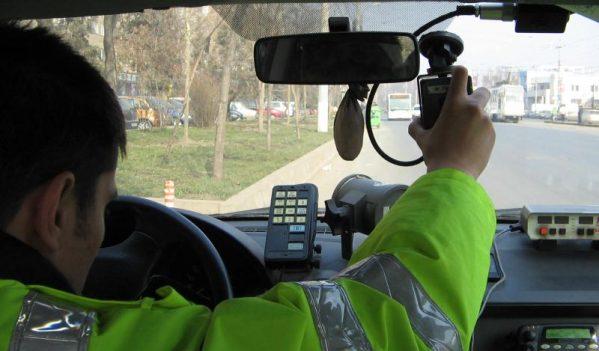 130 de şoferi sancţionaţi contravenţional  în acest weekend de poliţiştii rutieri maramureșeni