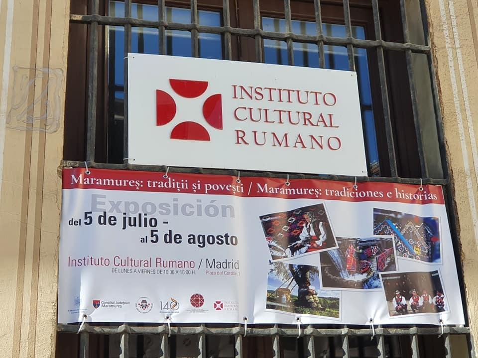 """Expoziția """"Maramureș: tradiții și povești"""", inaugurată la sediul Institutului Cultural Român din Madrid"""